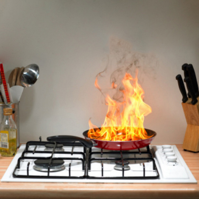 Great British Bake Off spurs 183% increase in claims for cooking related fires in UK homes